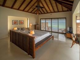 La Water Pool Villa Bedroom