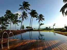 La Presidential Pool Villa
