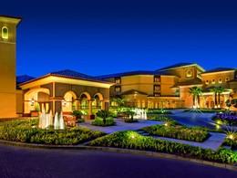 Vue de l'hôtel Ritz Carlton à Dubai