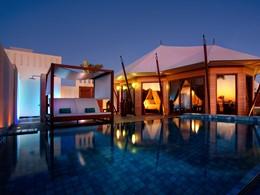 La piscine de la Beachfront Pool Villa