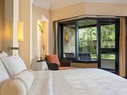 Grand Deluxe Room du Royal Beach Seminyak Bali