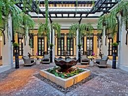 Le lobby de l'hôtel The Siam situé en Thailande