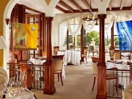 L'intérieur du Restaurant Es Fum