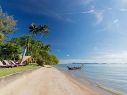 La plage de Friendship Beach de l'hôtel Vijitt Resort Phuket