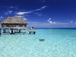 Overwater Bungalow à l'hôtel Tikehau Pearl Beach Resort en Polynésie