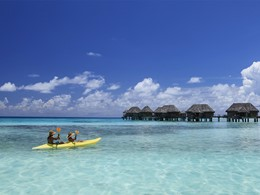 Activités nautiques à l'hôtel Tikehau Pearl Beach Resort situé en Polynésie