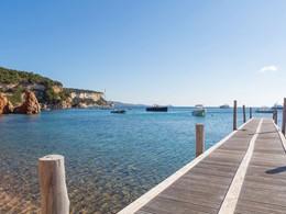 Le ponton de l'U Capu Biancu situé en France