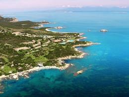 Vue aérienne du Valle dell' Erica situé sur la côte nord de la Sardaigne
