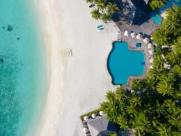 Profitez de la piscine et de sa vue sur l'océan