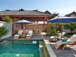Piscine de l'Akoya Pool Villa de l'hôtel Vila Ombak
