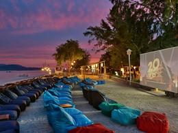 Le cinéma en plein air de l'hôtel Vila Ombak