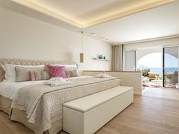 Deluxe Room Ocean