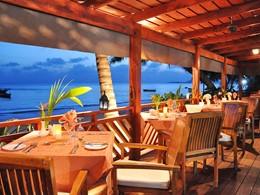 Restaurant de cuisine créole sur la plage