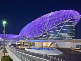 Vue de l'hôtel Yas Viceroy situé à Abu Dhabi