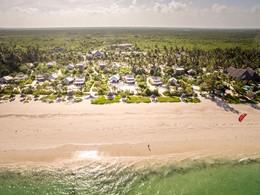 Vue aérienne du White Sand, situé sur la côte Est de Zanzibar