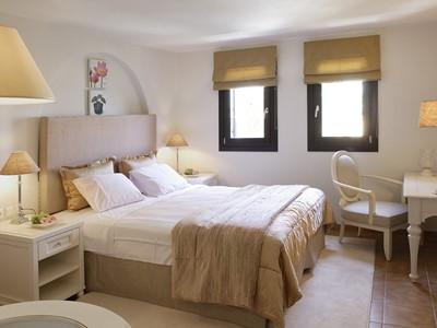 Standard Suite Garden View de l'Aegean Suites Hotel