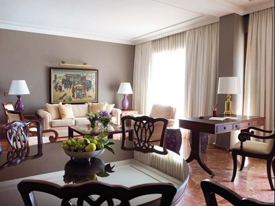 Alecos Penthouse Suite-2 BR Suite