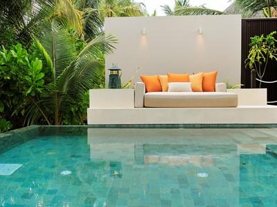 La piscine de la Sunset beach Suite