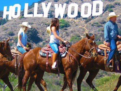 Balade à cheval sur les collines d'Hollywood