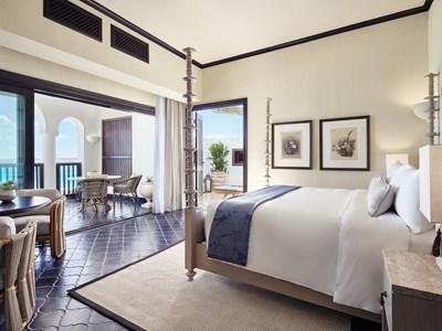 Beachfront One Bedroom Pool Suite