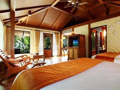 Deluxe Oceanfront Cabana du Centara Tropicana à Koh Chang