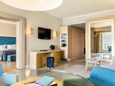 Premium Sea View Suite