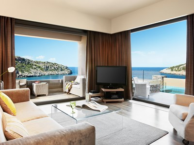 Premium Sea View Suite