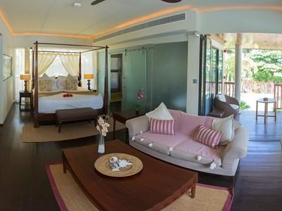 Pool View Suite du Dhevatara Beach aux Seychelles