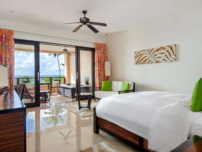 King Grand Deluxe Room with Ocean View