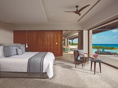 Preferred Club Presidential Suite Ocean Front