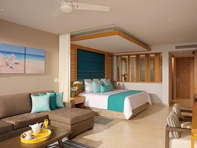 Junior Suite Pool View du Dreams Playa Mujeres
