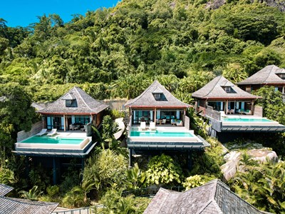 Vue des Grand Ocean View Villas with Infinity Pool