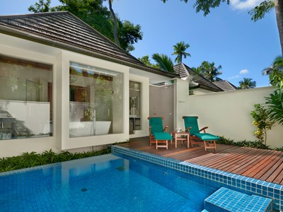 King Beachfront Villa with Plunge Pool