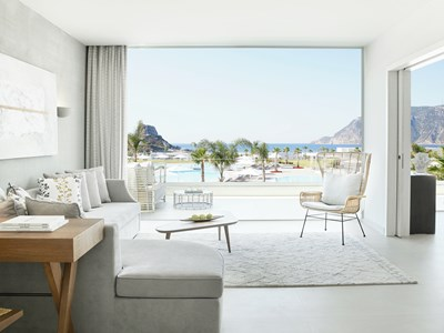 Deluxe One Bedroom Bungalow Suite Sea View