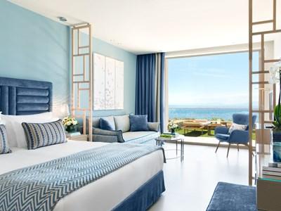 Deluxe Junior Suite Private Garden Sea View