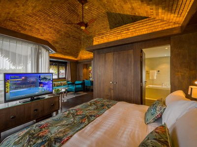 Lagoon Overwater Junior Suite Bungalow