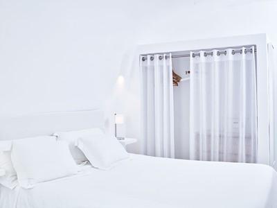 Suite Junior de l'hôtel Kirini à Santorin