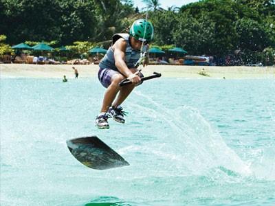 Kite Surf sur la Plage de Sanur By Rip Curl
