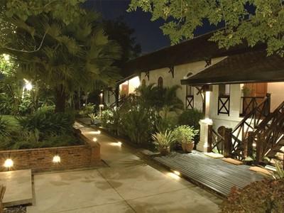 Garden View de l'hôtel La Résidence Phou Vao à Luang Prabang