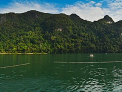 Lac Dayang Bunting