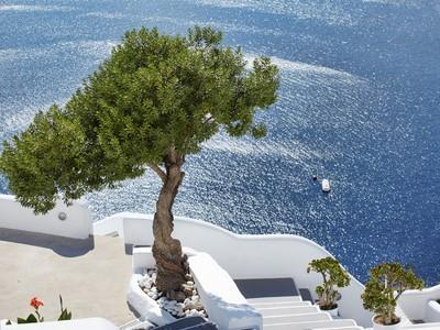 Vue de l'hôtel Kirini Suites & Spa