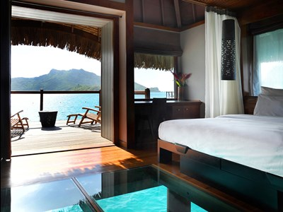 End of Pontoon Premium Overwater Bungalow