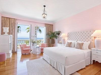 Luxury Guestroom Sea View