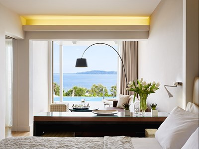 Suite Two Bedrooms with Private Pool Sea View