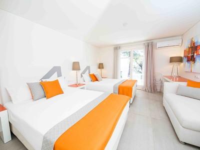 Family Room de l'hôtel Marpunta en Grèce