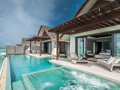 One Bedroom Water Pool Pavilion