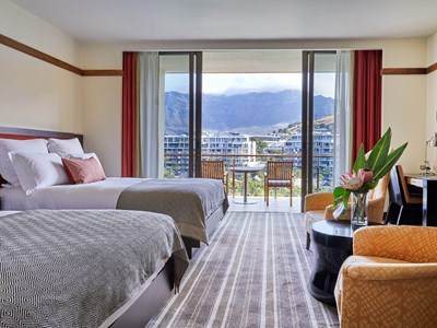Premier Marina Mountain Room