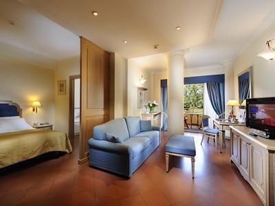 Suite 1 Marina