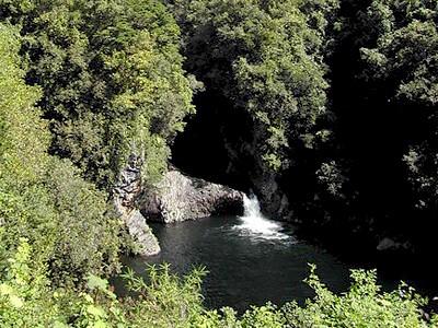Rivière des Roches