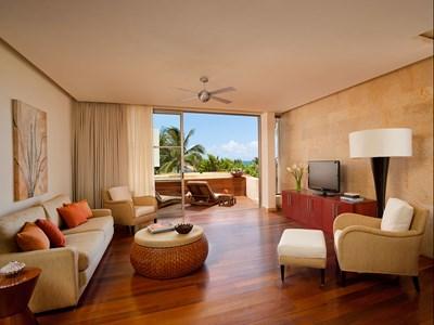 Deluxe Ocean View Beach Suite